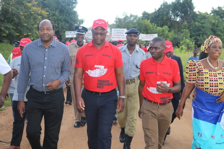 The Minister of Health, Hon. Atupele Muluzi, MP accompanied by the Secretary of Health, Dr. Dan Namarika and the  World Health Organization Acting Country Representative, Dr. Leslie Mgalula participating in the big walk